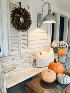 13 Amazing Farmhouse Entryway Decoration Ideas 10