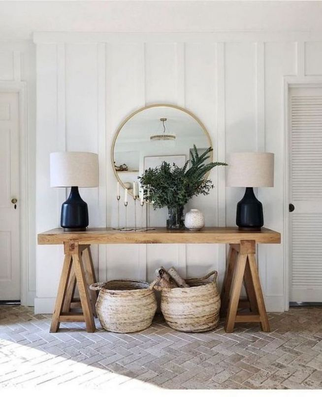 13 Amazing Farmhouse Entryway Decoration Ideas 30