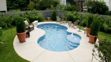 13 Totally Perfect Small Backyard Pool Design Ideas 12