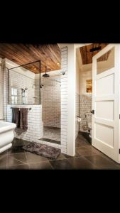14 Awesome Cottage Bathroom Design Ideas 23