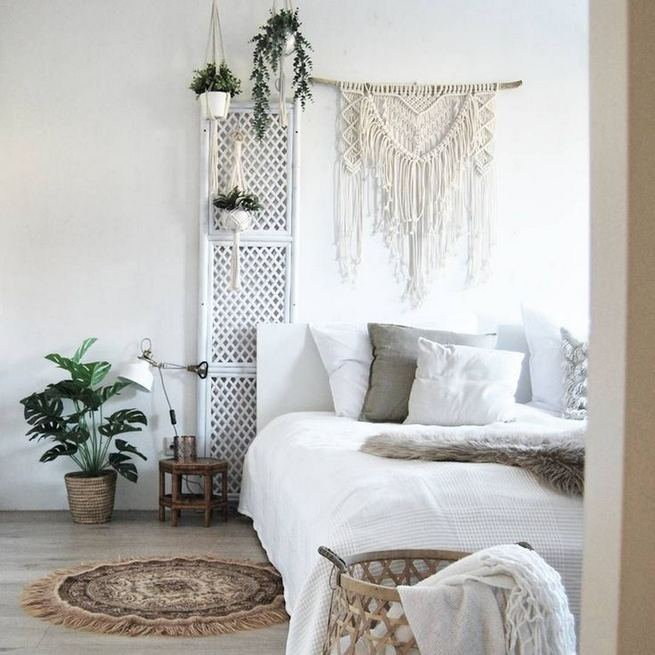14 Brilliant Bohemian Bedroom Design Ideas 35