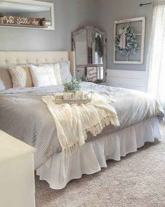 14 Comfy Shabby Chic Bedrooms Design Ideas 06