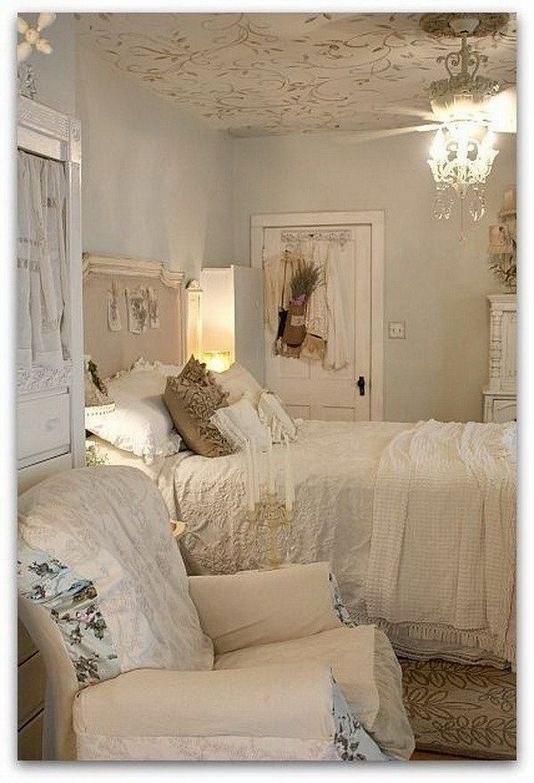 14 Comfy Shabby Chic Bedrooms Design Ideas 30