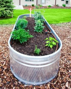 14 Simple Raised Garden Bed Inspirations Backyard Landscaping Ideas 13