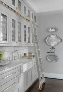 15 Incredible Farmhouse Gray Kitchen Cabinet Design Ideas 22
