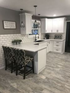 17 Elegant First Apartment Small Kitchen Bar Design Ideas 02