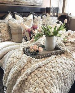 18 Romantic Shabby Chic Master Bedroom Ideas 02