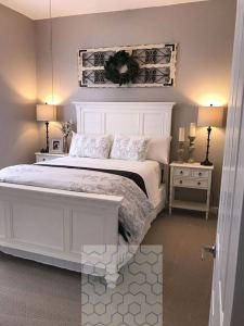 18 Romantic Shabby Chic Master Bedroom Ideas 03