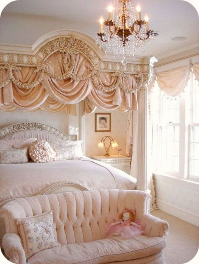18 Romantic Shabby Chic Master Bedroom Ideas 27