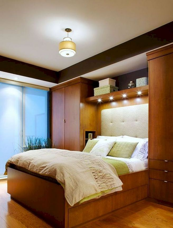 15 Adorable Small Master Bedroom Decoration Ideas 05