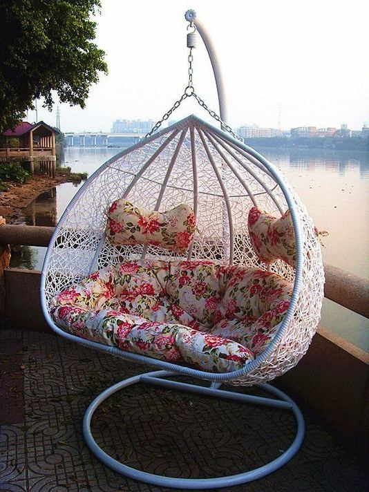 18 Adorable Hanging Chairs Ideas For Indoors And Outdoors 17