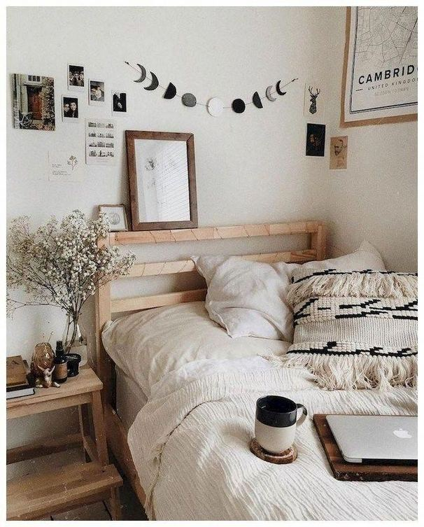 19 Creative DIY Bohemian Bedroom Decor Ideas 26