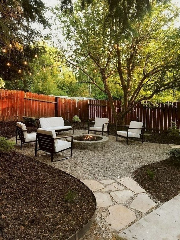 15 Awesome Winter Patio Decorating Ideas With Fire Pit – Making Your Patio Warm And Cozy 05