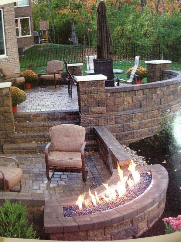 16 Awesome Winter Patio Decorating Ideas With Fire Pit 01