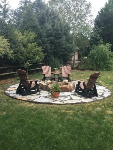 16 Awesome Winter Patio Decorating Ideas With Fire Pit 07