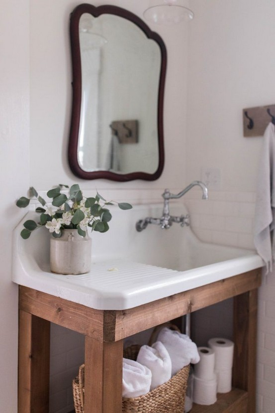 16 Kinds Of Farmhouse Bathroom Accessories Ideas 15