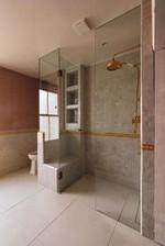 16 The Best Shower Enclosures 11