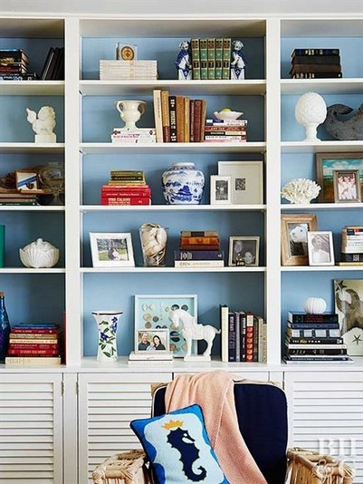 17 Bookshelf Organization Ideas – How To Organize Your Bookshelf 03