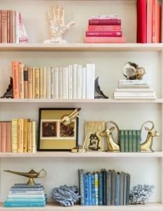 17 Bookshelf Organization Ideas – How To Organize Your Bookshelf 09