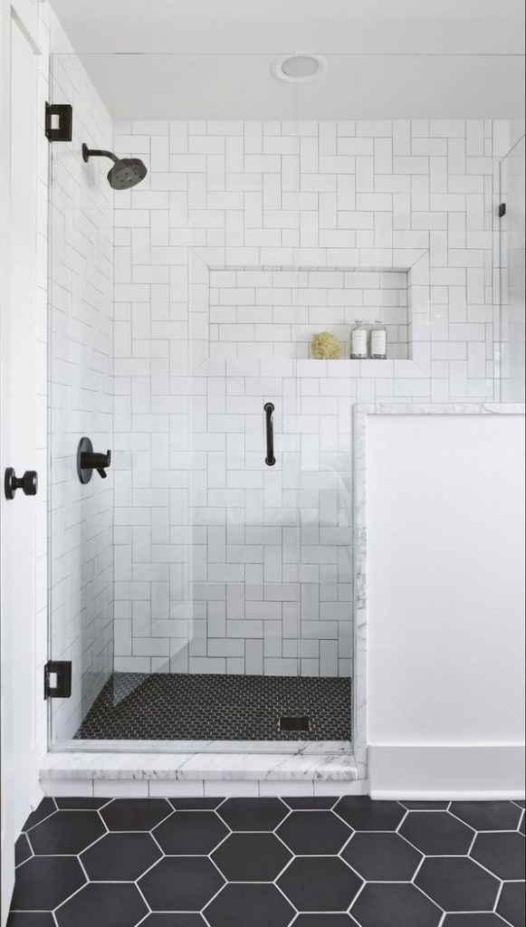 18 Best Bathroom Tile Ideas 22