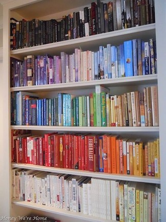 18 Bookshelf Organization Ideas 18