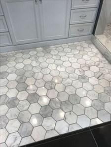 18 Comfy Bathroom Floor Design Ideas 22