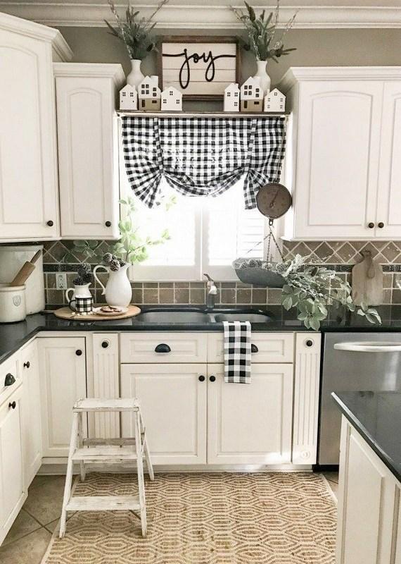 18 Farmhouse Kitchen Ideas On A Budget 19