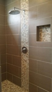 16 Best Rock Shower Ideas 20