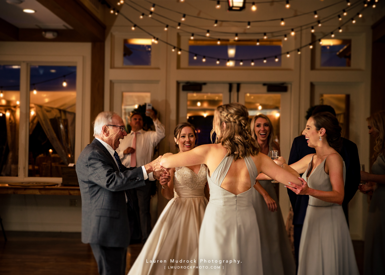 farmhouse people's light wedding