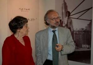 Alba Di Sarro e Gianni Borgna, Assessore alle Politiche Culturali del Comune di Roma. (Inaugurazione della nuova sede del Centro, Roma 31 maggio 2005)