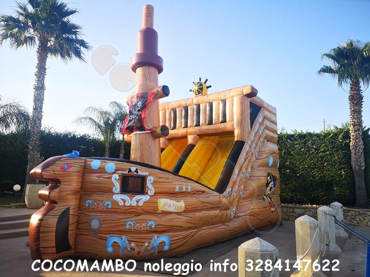 Nave dei pirati gonfiabile