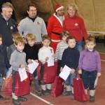 Babbi Natale e atleti grigio amaranto