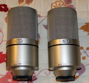 2 MXL990 Condenser Microphones