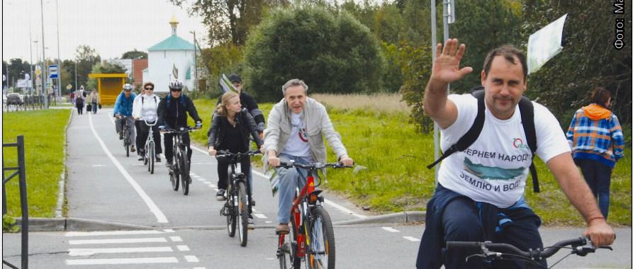 Велопробег «Яблочный спас» в Сосновом Бору