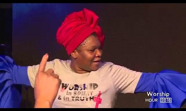 BUKOLA & DAMILOLA BEKES @ WORSHIP HOUR 2018 IKOYI LAGOS - YouTube