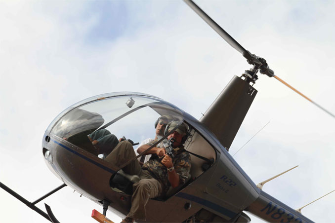 hog-hunting-from-helicopter