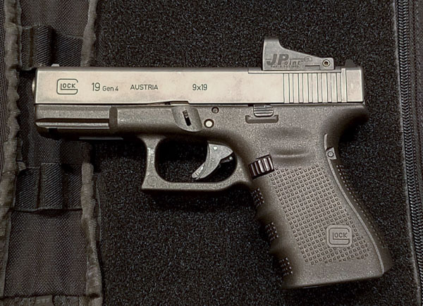 Gear Review: JPoint Ultra Low Mounting Plate for GLOCK MOS