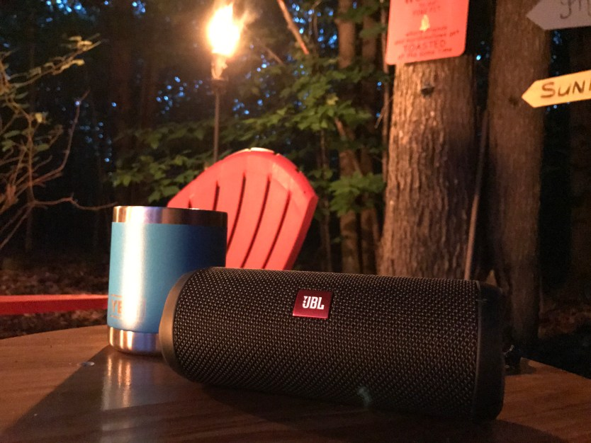 JBL Flip 4 Portable Speaker | Quick Look