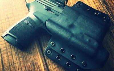 A Marine's tips for carrying pistols with reflex sights: holsters