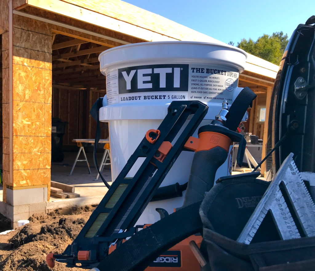 Yeti LoadOut Bucket