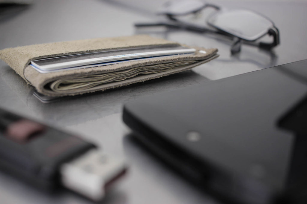 The SLIM minimalist wallet by Phils Wallets: Built to last in the USA