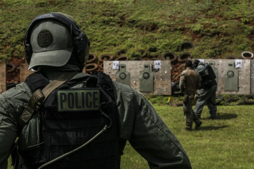 Loadout Room photo of the day | 31st MEU Marines, Guam Police Department officers, SWAT team members, shoot down range