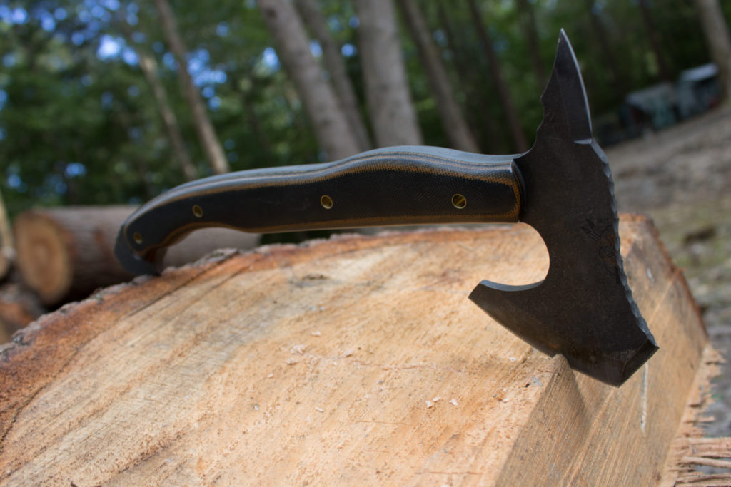 Photo of the Day: Half Face Blades Tomahawk