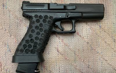 A former Army Delta Operator's Glock 17 setup