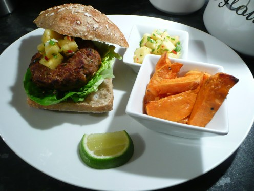 Thai turkey burgers and pinepapple salsa