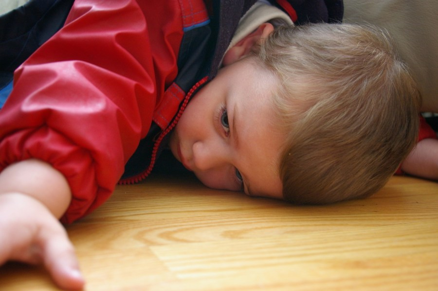 pouting-child-1436186-1279x850