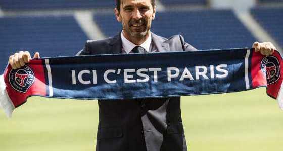 Gabung Paris Saint Germain Gianluigi Buffon Serius Menolak Tua