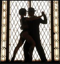 tango contra luz