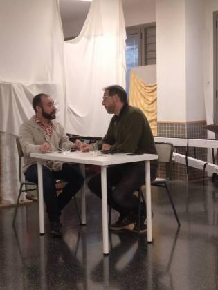 """Escena de la obra """"Camas y mesas"""""""