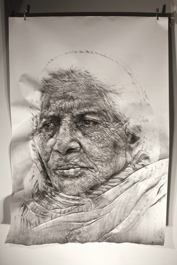 """Paharganj / Delhi woman"". Charcoal on wrinkled paper (190 x 135 x 12 cm)"